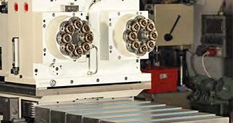 Mehrspindelbohrkopf mit hydraulischer Schlitteneinheit der IB-U Sondermaschinen GmbH